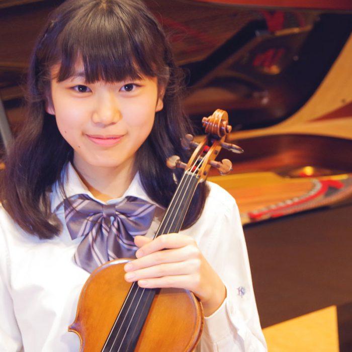 原田 凜奏 2年 ヴァイオリン専攻