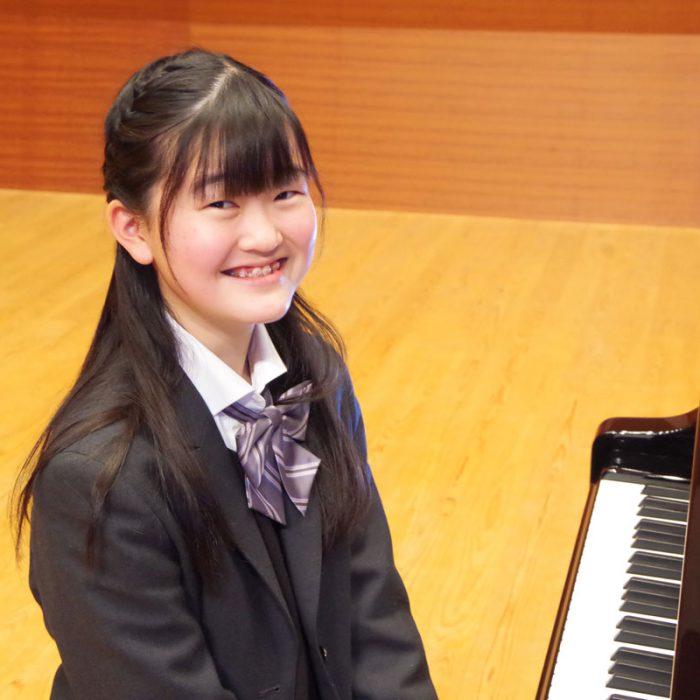細川 和奏 2年 ピアノ専攻