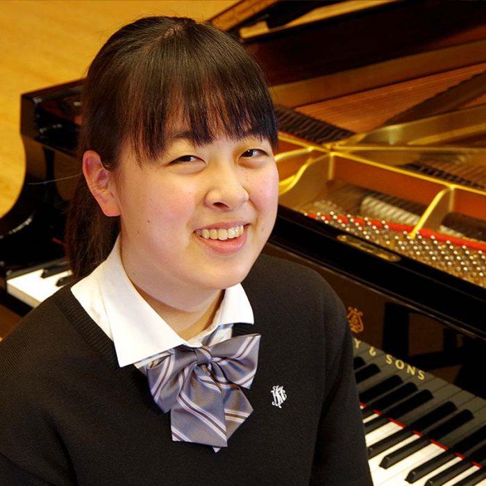 小野 桃葉 2年 ピアノ専攻