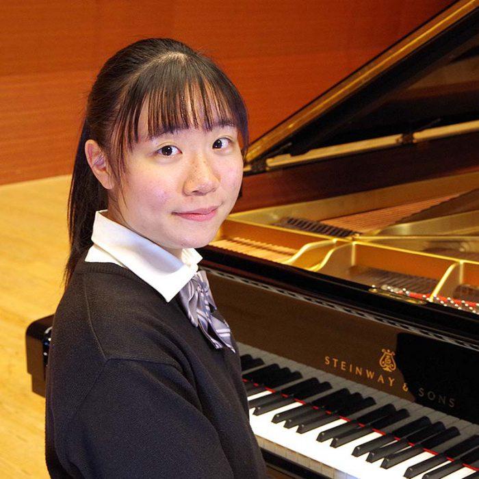新水 咲由美 2年 ピアノ専攻