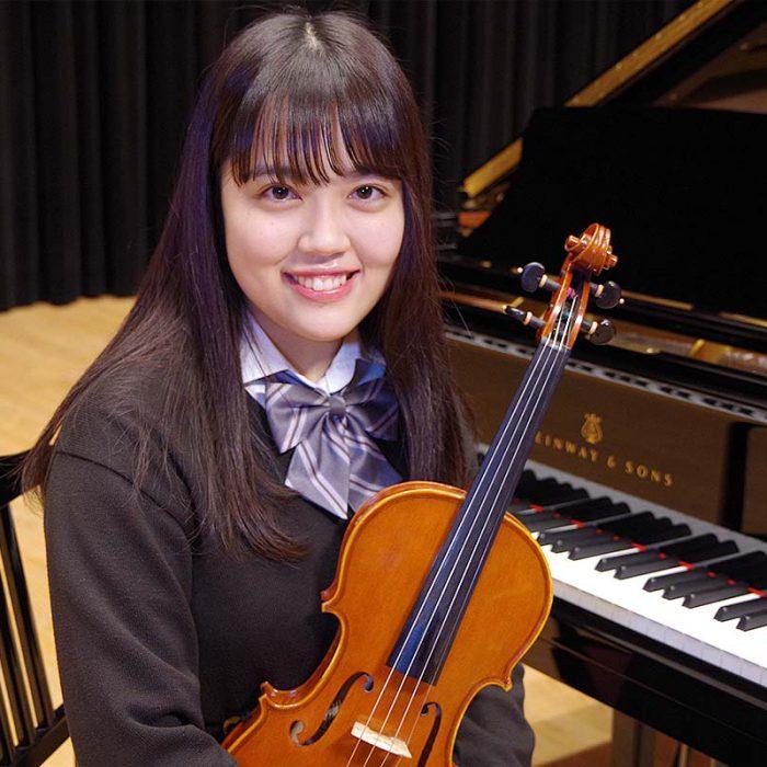 吉田 紫花 3年 ヴァイオリン専攻