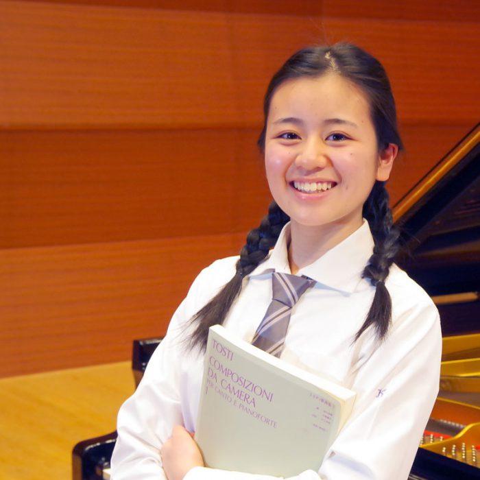 杉山 奈々 2年 声楽専攻