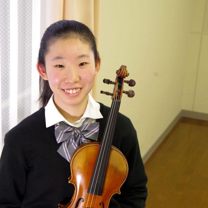 寺澤 愛香 2年 ヴァイオリン専攻